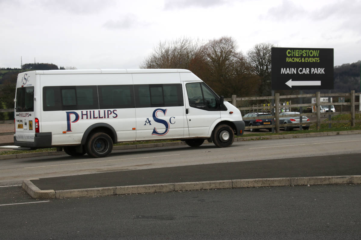 image showing Minibus travel is ideal for small groups